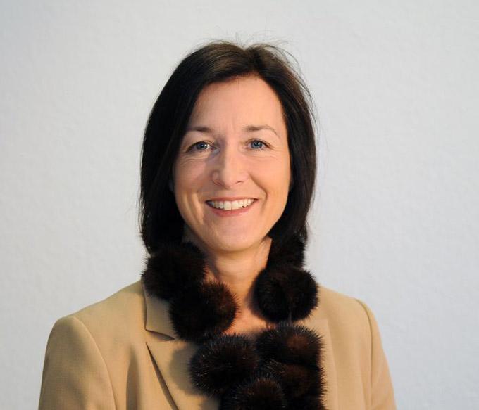 Portraitfoto Yvonne Herrler