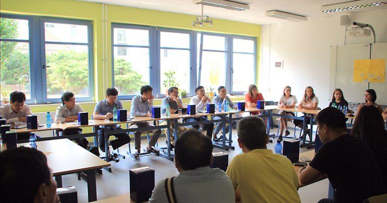 Foto: im Klassenzimmer