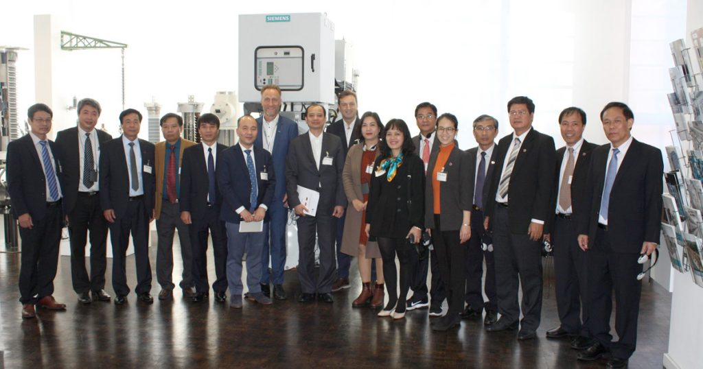 Photo: Vietnamese Delegation at Siemens AG