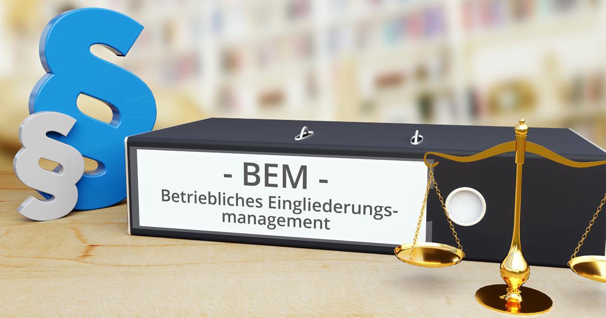 Foto: Ordner mit Aufschrift BEM